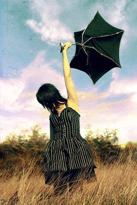 Windy_Day_by_larafairie